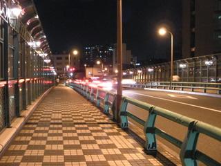 ガーデンプレイスのところの橋